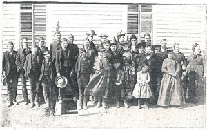 The Levi Franklin Salmans family of Larned, Kansas.