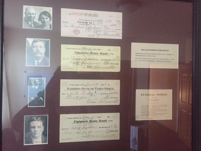 Signed checks by Elzie Chenoweth, Wm. Chenoweth, Elias Chenoweth and Dollie Chenoweth